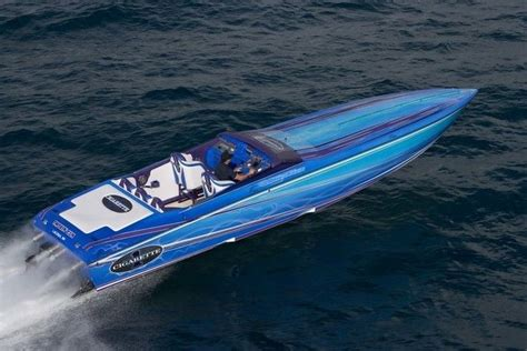 cigarette racing boat images cigarette boats on pinterest boats racing and mercedes benz