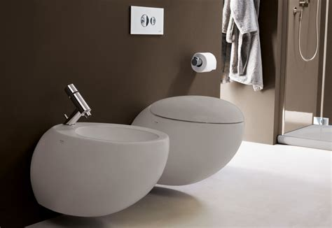 one wall il bagno alessi one wall mounted wc by laufen stylepark