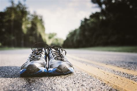 when are running shoes worn out how to determine if your running shoes are worn out ebay