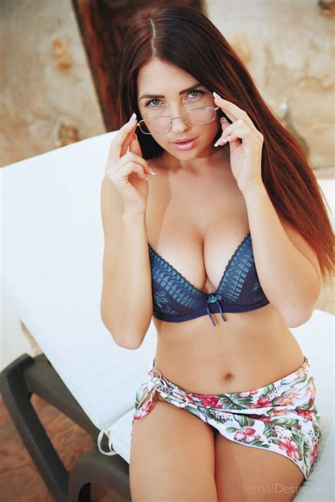 Niemira With Sexy Glasses
