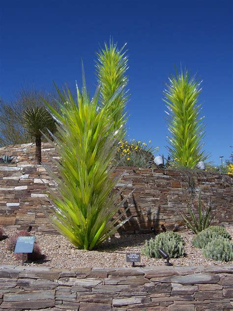 chihuly desert botanical garden desert botanical garden az dale chihuly glass