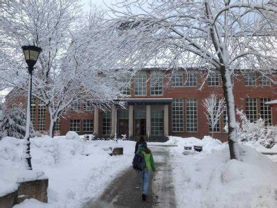 Reed College Ski Cabin by The 10 Best Colleges For An Awesome Winter Experience