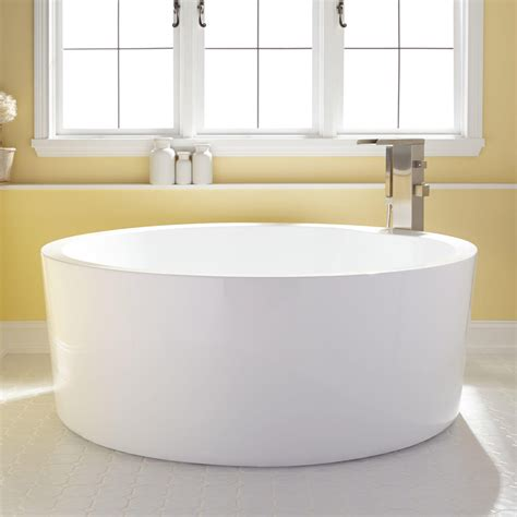 soaking in bathtub 59 quot dana round acrylic soaking tub bathroom