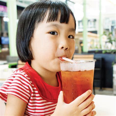 Teh Hijau Kemasan Gelas perhatikan ini jika anak suka minum teh