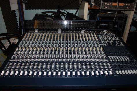 Mixer Behringer Mx 8000 behringer eurodesk mx8000 image 722779 audiofanzine