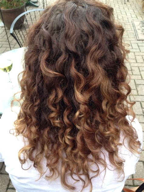 A With Curly Hair best 25 ombre curly hair ideas only on