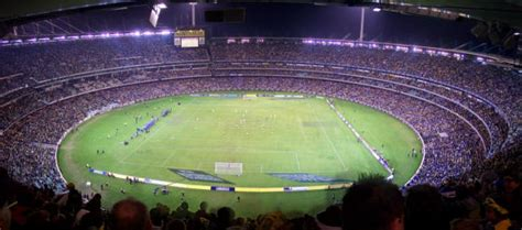 what is the seating capacity of the mcg soccer world cup in aus 2014 mcg to hold 135000
