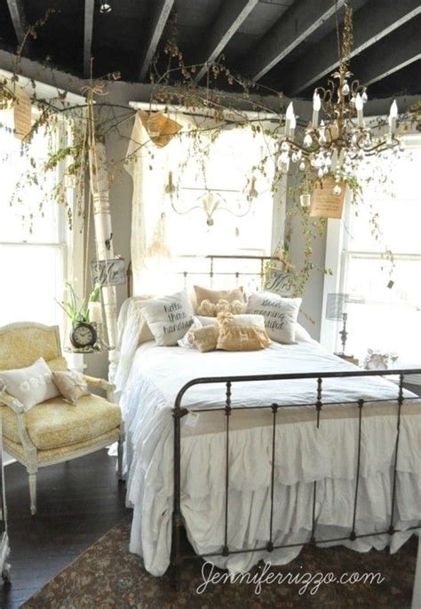 romantic rustic bedrooms 1000 ideas about rustic romantic bedroom on pinterest