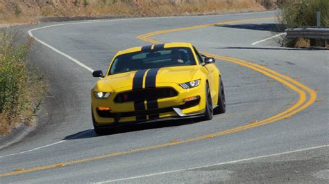 ford lawsuit 2016 lawsuit claims shelby gt350 transmissions overheat when