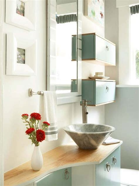 More Storage Solutions For A Small Bathroom Dig This Design Small Bathroom Shelving