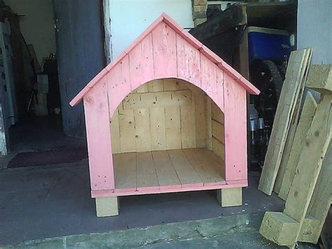 painted dog houses upcycled wooden pallet dog houses pallet furniture diy