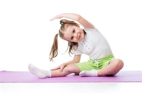 imagenes de niños haciendo yoga yoga para ni 241 os