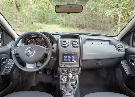 Renault Duster 4x4 Interior by Renault Duster 2014