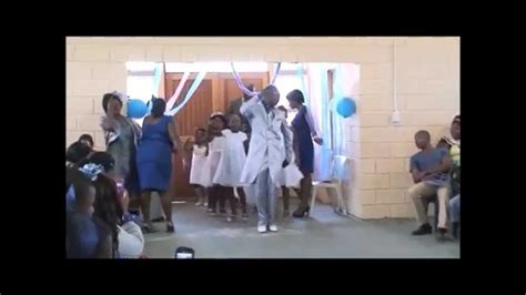 Best South African wedding entrance   flower girls dance