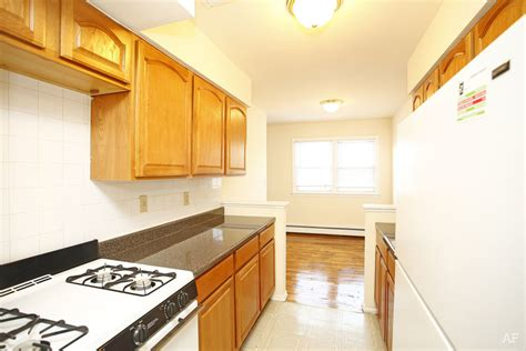 1 Bedroom Apartments In Elizabeth Nj | cambridge manor elizabeth nj apartment finder