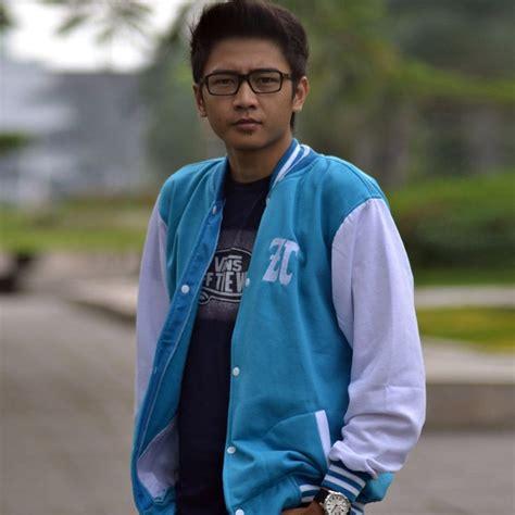 Jaket Biru Putih Parasut jaket baseball biru putih produsen jaket distributor