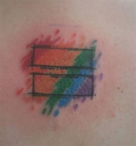 gay symbols tattoos de 25 b 228 sta id 233 erna om pride tattoos bara p 229