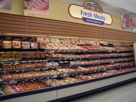 meat section in grocery store a carne nas m 195 os do comodismo ideias fora da caixa