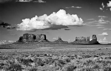 the landscape photographer s guide to photoshop a visualization driven workflow books approaching monument valley black and white photograph by