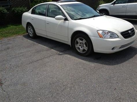 sell used 2003 nissan altima 2 5s after market pioneer head unit hands free bluetooth in
