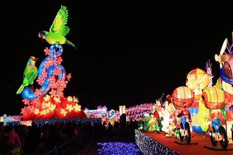 new year 2018 lantern festival why you should attend the taiwan lantern festival in 2018