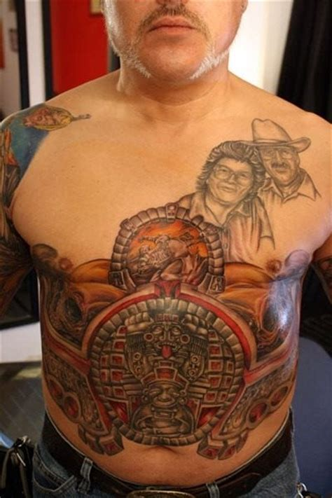 bauch und unterleib tattoos