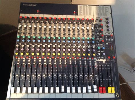 Mixer Soundcraft Fx16ii soundcraft fx16ii image 1077249 audiofanzine