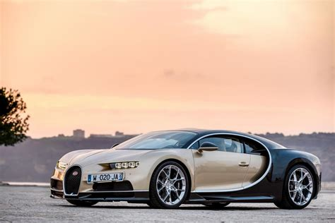 gold bugatti chiron can justin bieber resist buying and wrecking the 2 9