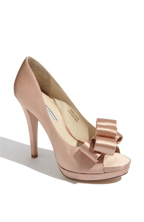 Wedding Shoes Vera Wang by Bridal Shoes Vera Wang Lavender Sammy Peep Toe