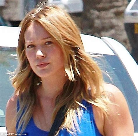 Lindsay And Hilary Make Up by Bare Faced Hilary Duff Shows Toned Figure In