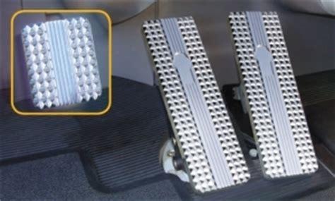 precision machined semi truck billet pedals  deep diamond cut pattern   ultimate
