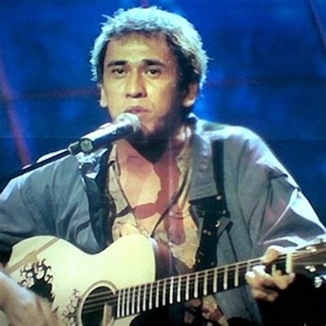 download koleksi mp3 iwan fals terlengkap lagu lama dan download lagu iwan fals koruptor
