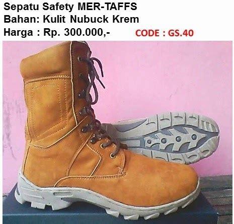 Sepatu Safety Di Kawan Lama grosir sepatu safety di medan 0822 7251 0055 http