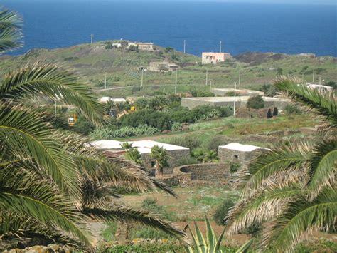 appartamenti a pantelleria e appartamenti in vendita a pantelleria cambiocasa it