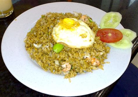 membuat nasi goreng spesial cara membuat nasi goreng sederhana resep masakan dan kue