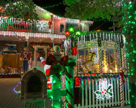 the great christmas light fight dazzles with special