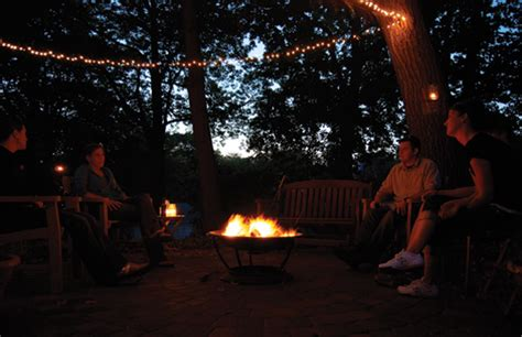 Fall Backyard Party Ideas Best Events To Host Outdoors In Summer Narrow Blocks