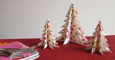 cara membuat pohon natal dari gardus 10 gambar pohon natal dari kertas dan kardus yang bisa