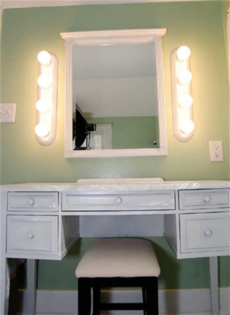 Meja Rias Minimalis Model Cermin Bundar 30 Model Cermin Hias Dinding Minimalis Modern Terbaru 2018