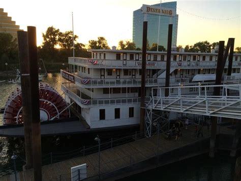 sacramento river boat hotel river boat docked at old town sac