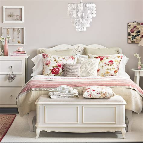 shabby chic style why it s the only trend that matters