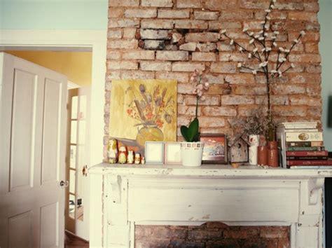 steinwände im wohnzimmer ziegelwand in der wohnung integrieren extravagante ideen