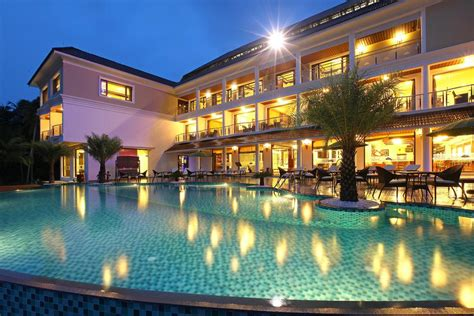 best site to book hotels hotel lake palace trivandrum vettutura india booking