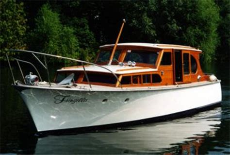 river thames motor boat hire boat hire in maidenhead fringilla luxury river boat for