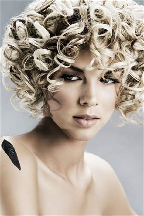 perm looks for medium hair do it yourself perm hairstyle checkout sexy perm hairstyle for yourself
