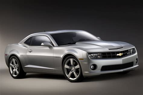 camaro gm gm releases the 1st official photo of the 2010 chevy