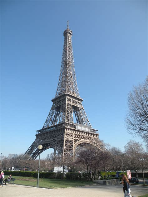home of the eifell tower paris and the eiffel tower 12months2go