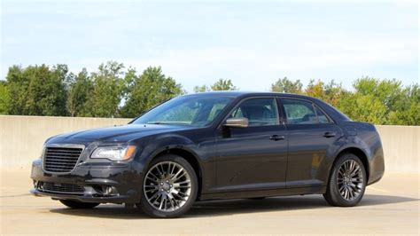 2013 Chrysler 300c by 2013 Chrysler 300c Varvatos Limited Edition Autoblog