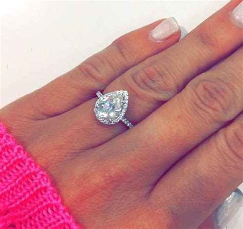 Single Band Engagement Rings by Best 25 Pear Engagement Rings Ideas On Pear