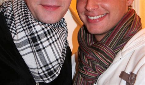 11 ways a guy can tie his scarf the huffington post latest ethnic fashion fads for women and men trends buzzer
